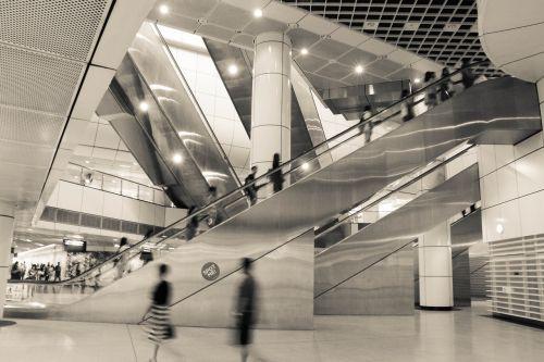 escalator subway singapore