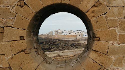 essaouira citadel porthole
