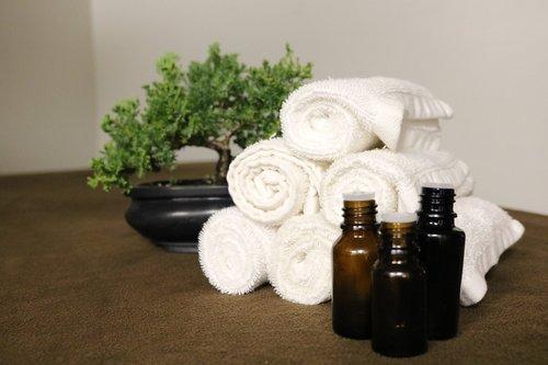essential oils  spa  aromatherapy