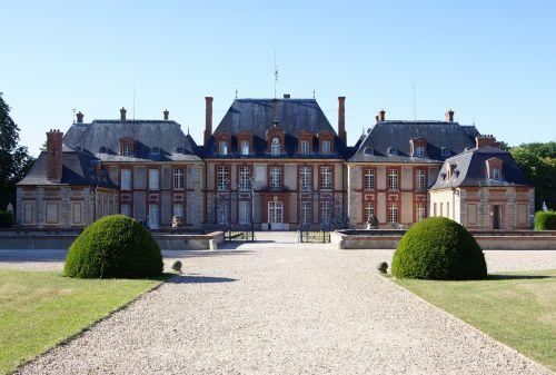 estate chateau architecture