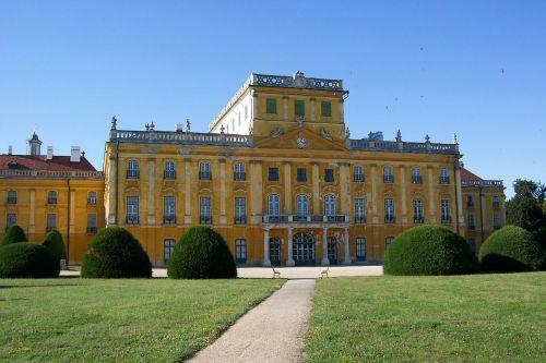 esterházy palace esterhazy castle fertőd