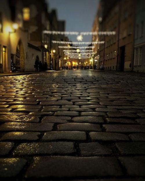 estonia night street