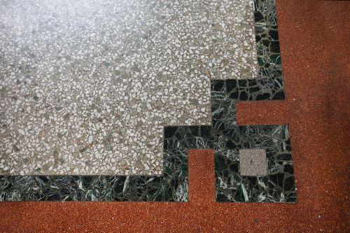 estrazzo floor pebble rug