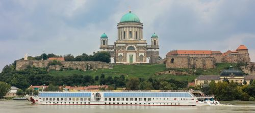 esztergom religion basilica