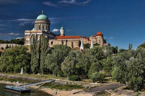 esztergom hungary the basilica of st