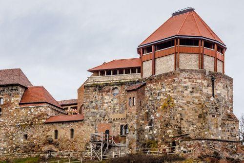 esztergom castle tower
