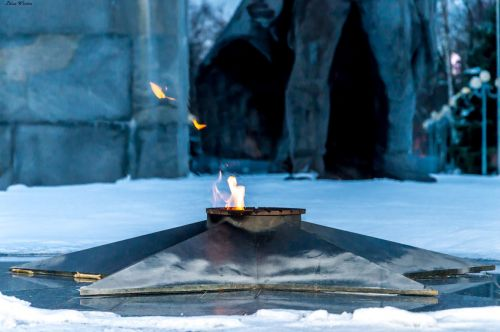 eternal flame monument russia