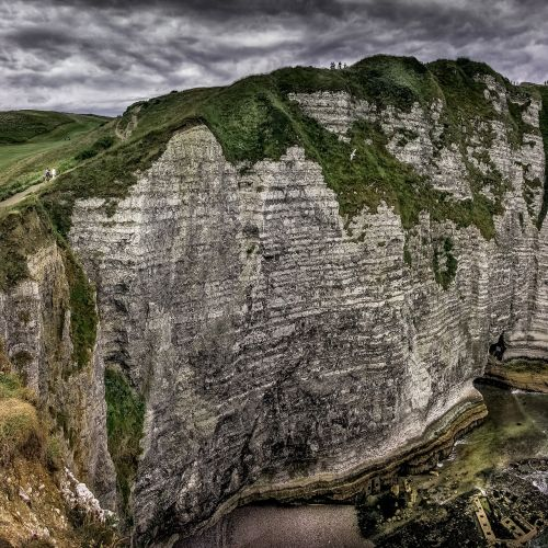 etretat normandy white cliffs