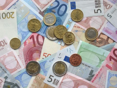 euro bank notes coins