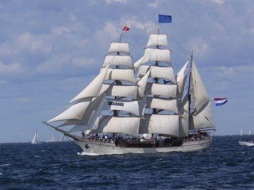 europa sailboat fs senator brockes