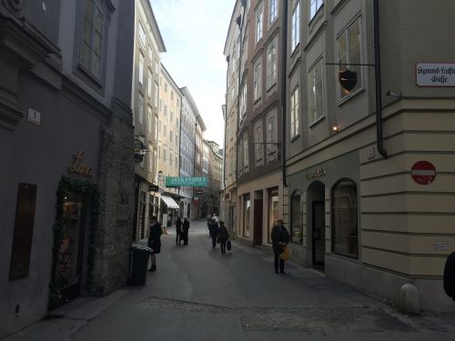 europe street narrow street