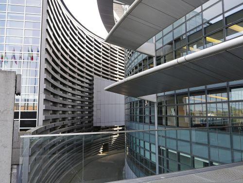 european parliament strasbourg architecture