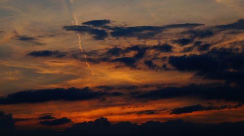 evening sky clouds contrail