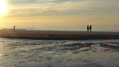 evening walk walk sea