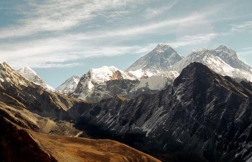 everest nepal himalaya