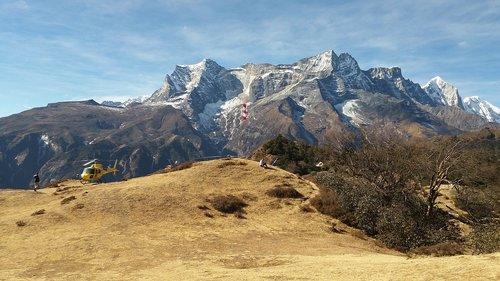 everest flight  everest region  nepal
