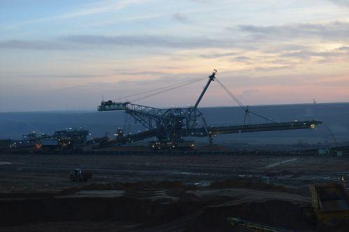 excavators riesen open pit mining