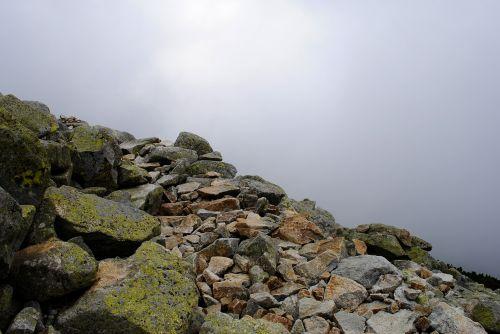 excursion cliff rocky road