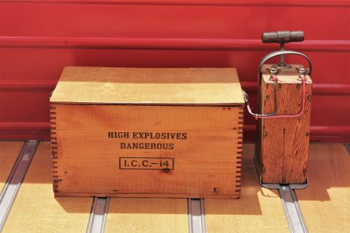 explosives danger blasting machine