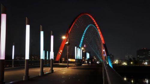 expo bridge war