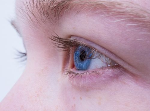 eye female blue