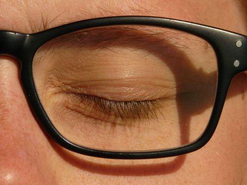 eye glasses black