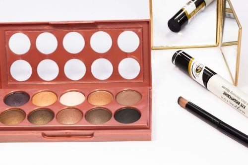 eye shadow range brown