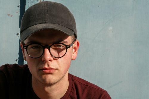 eyeglasses fashion man