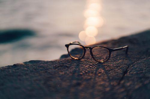 eyeglasses frame lens