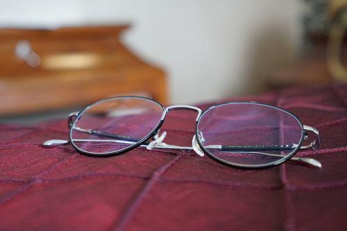 eyeglasses sunglasses eyewear