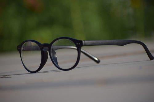 eyeglasses  lens  eyewear