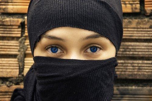 eyes  woman  blue