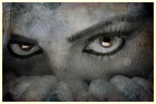 eyes fear female