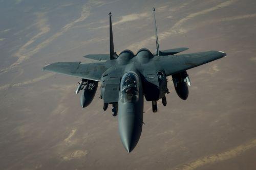 f-15e strike eagle refueling