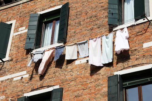 facade laundry dry
