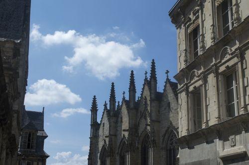 facades city medieval