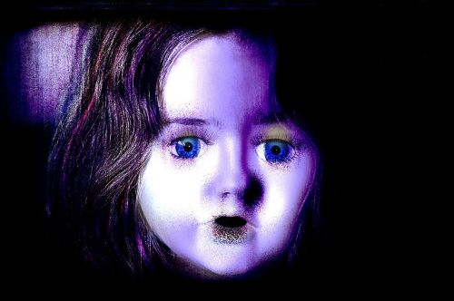 face woman horror