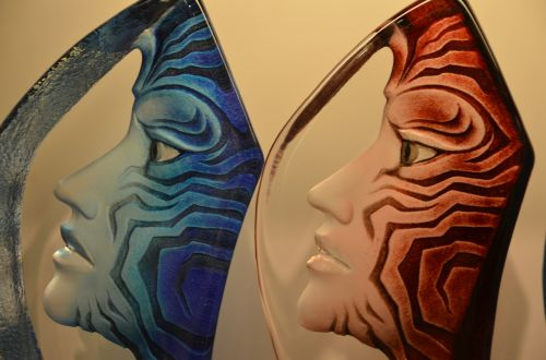 faces profile glass