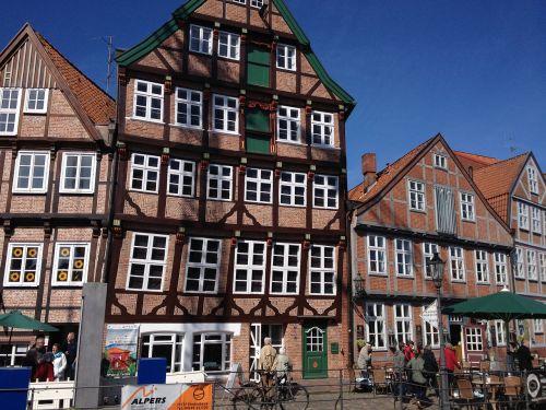 fachwerkhaus historically askew