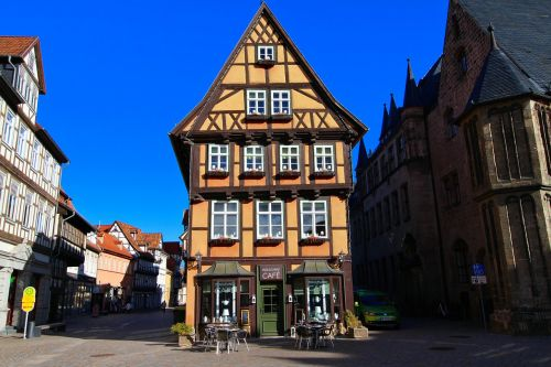 fachwerkhäuser middle ages historically