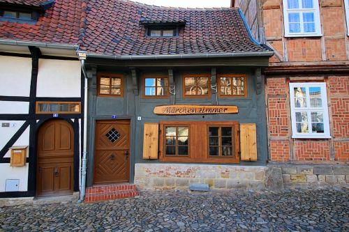 fachwerkhäuser medieval historically