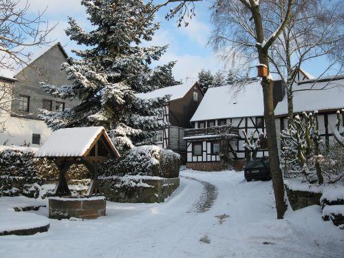 fachwerkhäuser village scene winter wintry