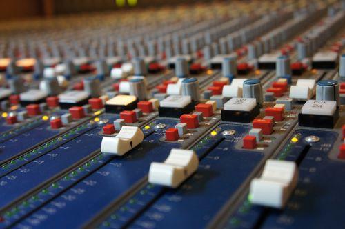 fader analog sound studo