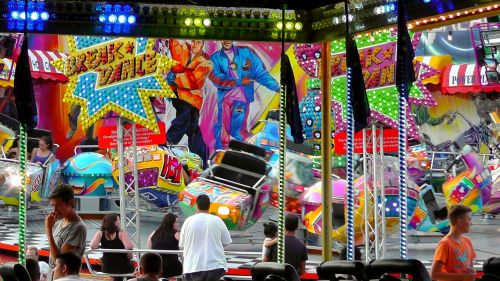 fair rides folk festival