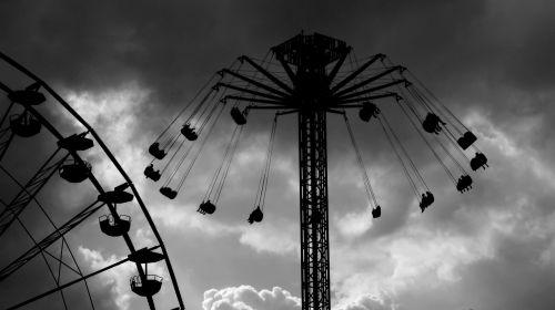 fair carousel speed