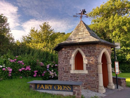 fairy cross devon bus stop