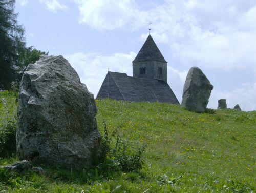 falera megaliths church