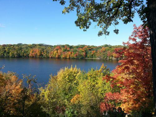 fall foliage autumn mississippi river