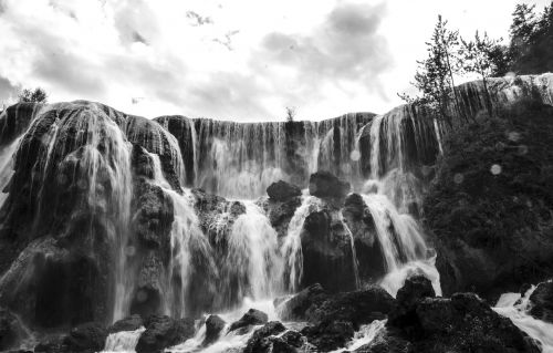 falls black and white the scenery