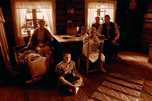 family gathered in the living room  1800 century  bruntonet